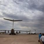 Juba airport  met vliegtuigen vol hulpgoederen